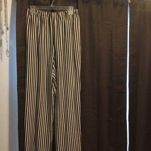 Black and white palazzo pants
